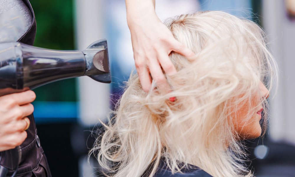 berkhamsted hair salon How a Great Night Out with the Girls Starts at a BlowDry Bar blog image